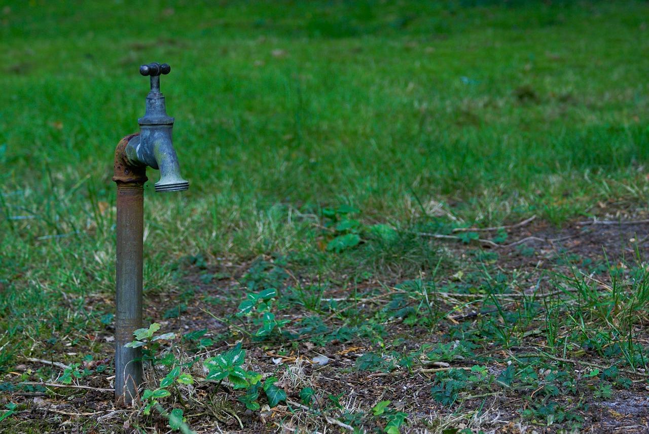 faucet-516012_1280