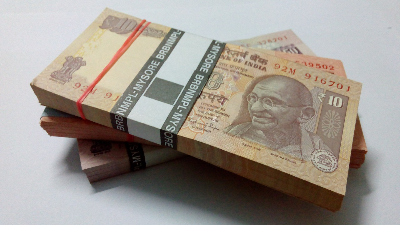 indian-currency-523221_1280