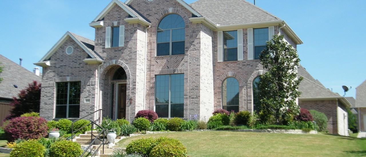 brick-house-290320_1280