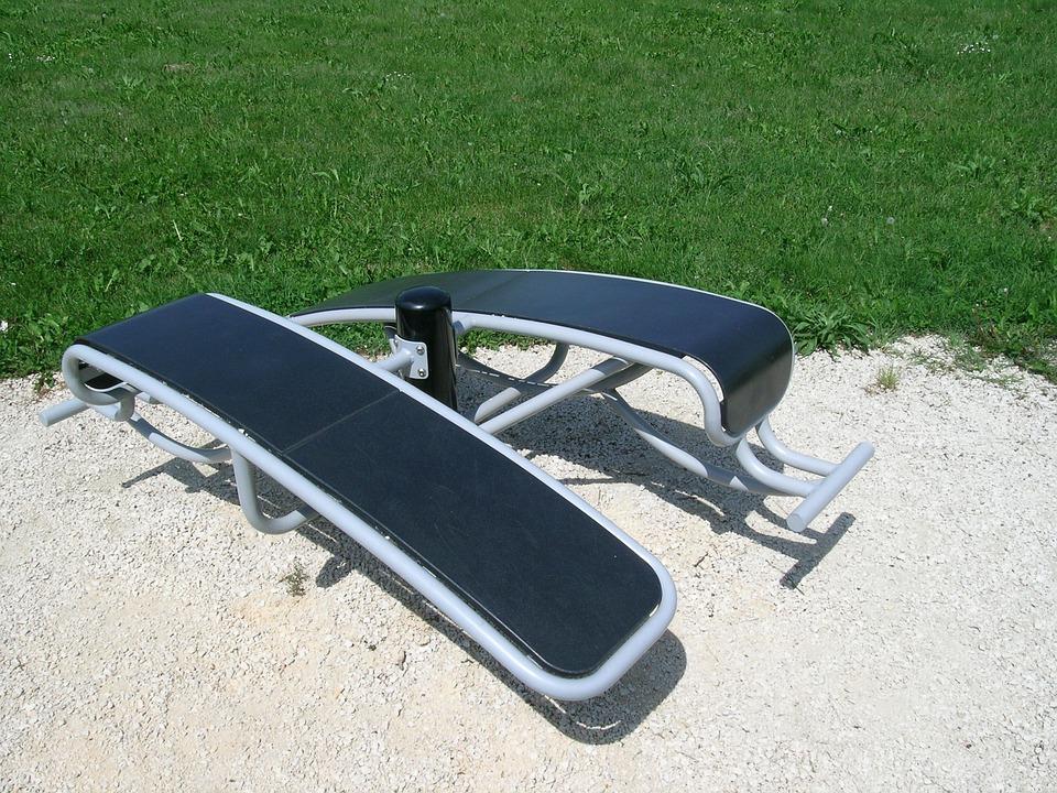 bench-777379_960_720