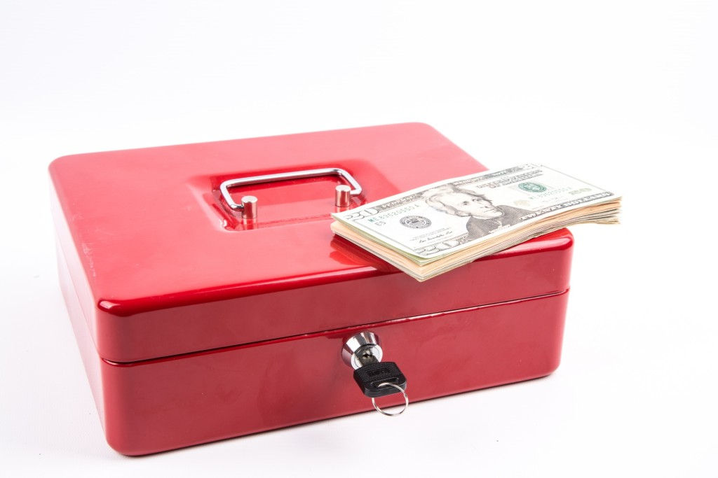 cash-box-with-money-1465840242bAk