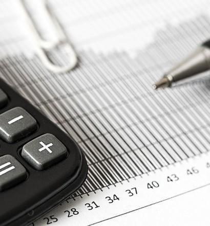 Calculator Accounting Insurance Calculation Finance