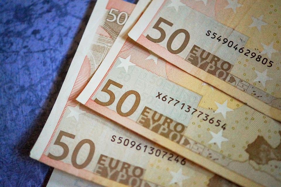 money-1858488_960_720