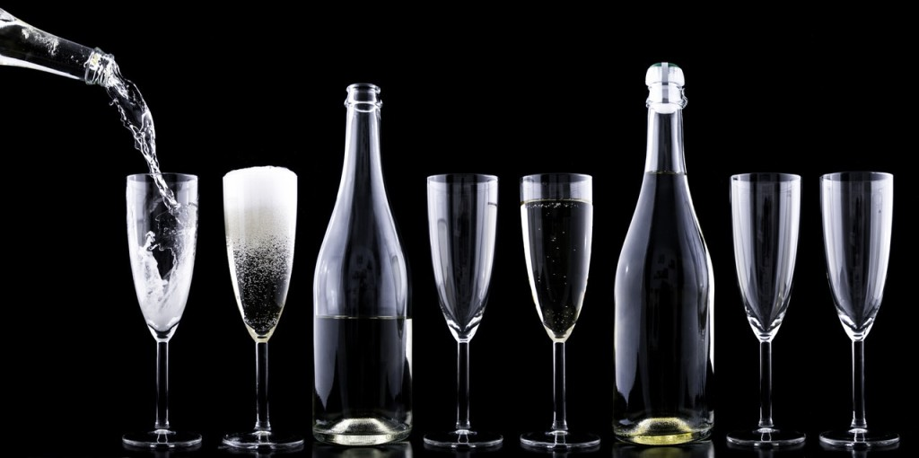 champagner-toasting-new-year-s-eve-drink