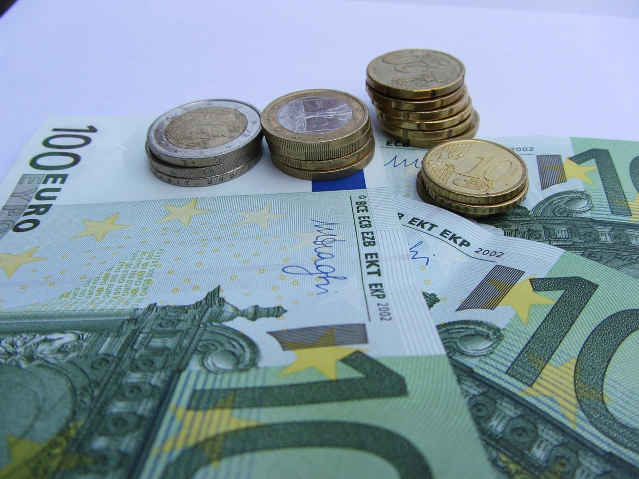 money-515820_1280