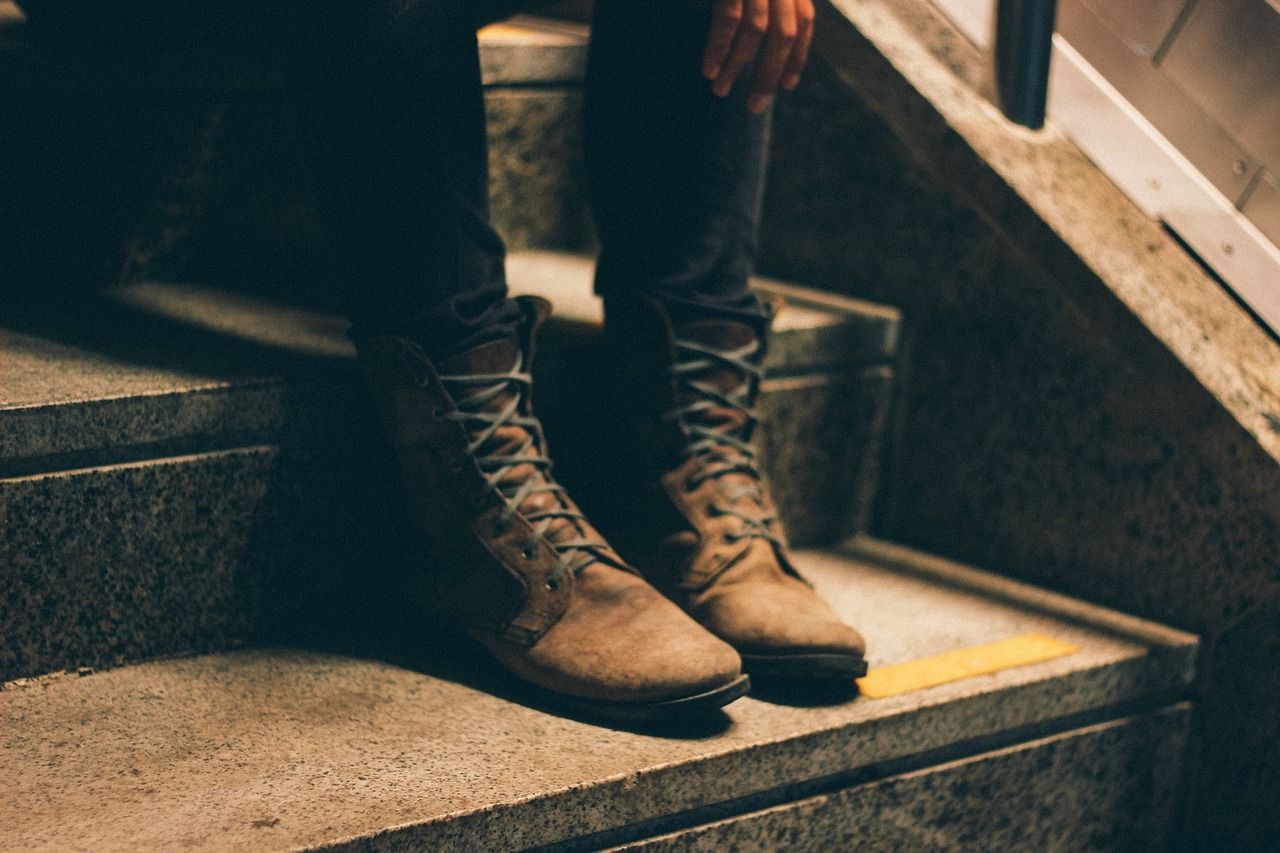 boots-691174_1280