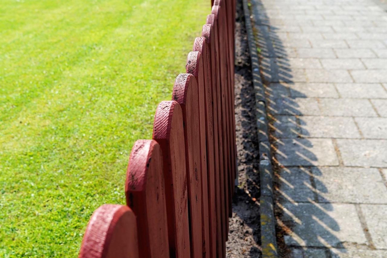 fencing-331196_1280