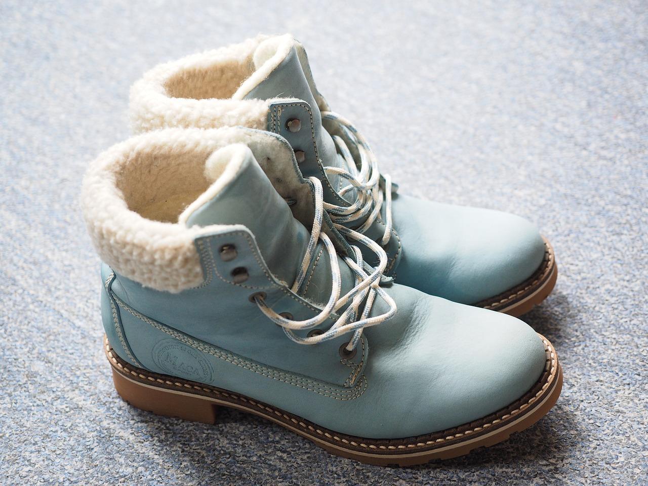 shoes-795698_1280