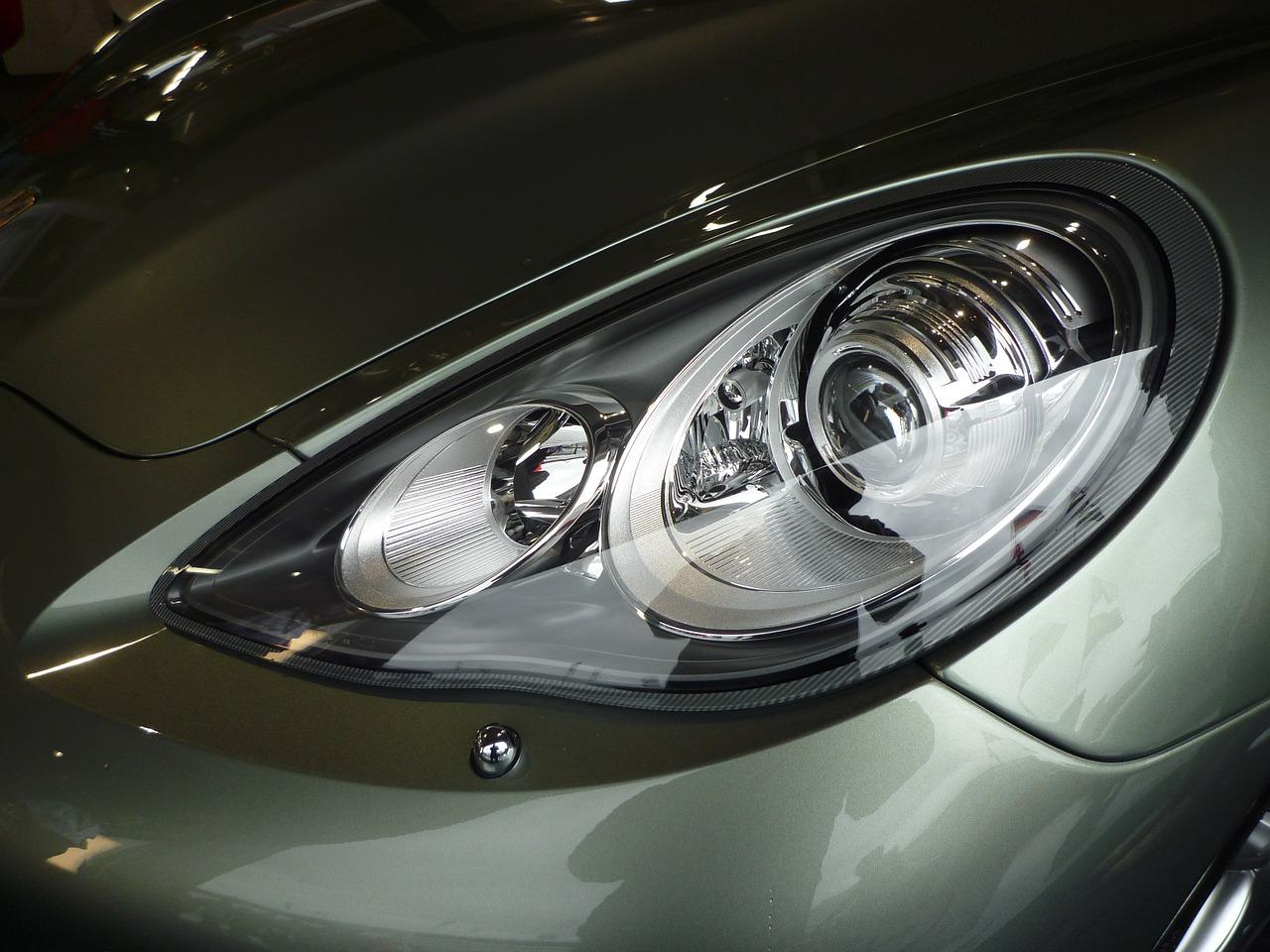 sports-car-245175_1280