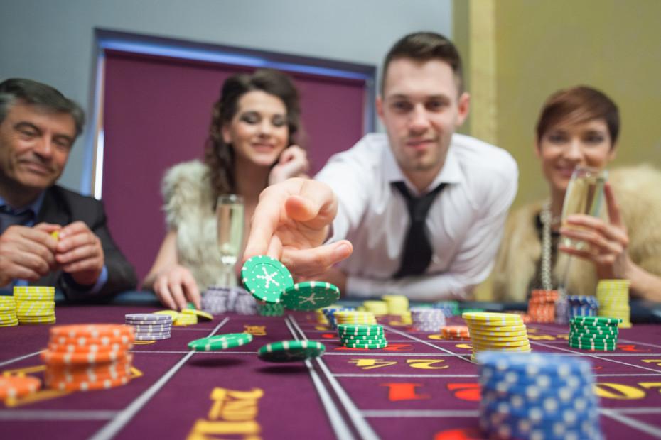 online-gambling-930x620