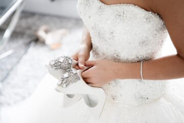 4 Ways to Know Which Kind of Wedding Dress Will Look Best On You